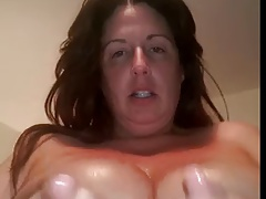 Plumper  lubricates her..
