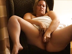Plumper Wifey Afternoon..