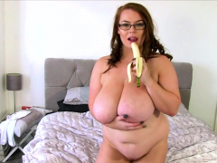 BBW Georgina Gee Enjoys..