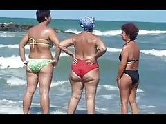 Jaw-dropping GRANNIES ON THE..